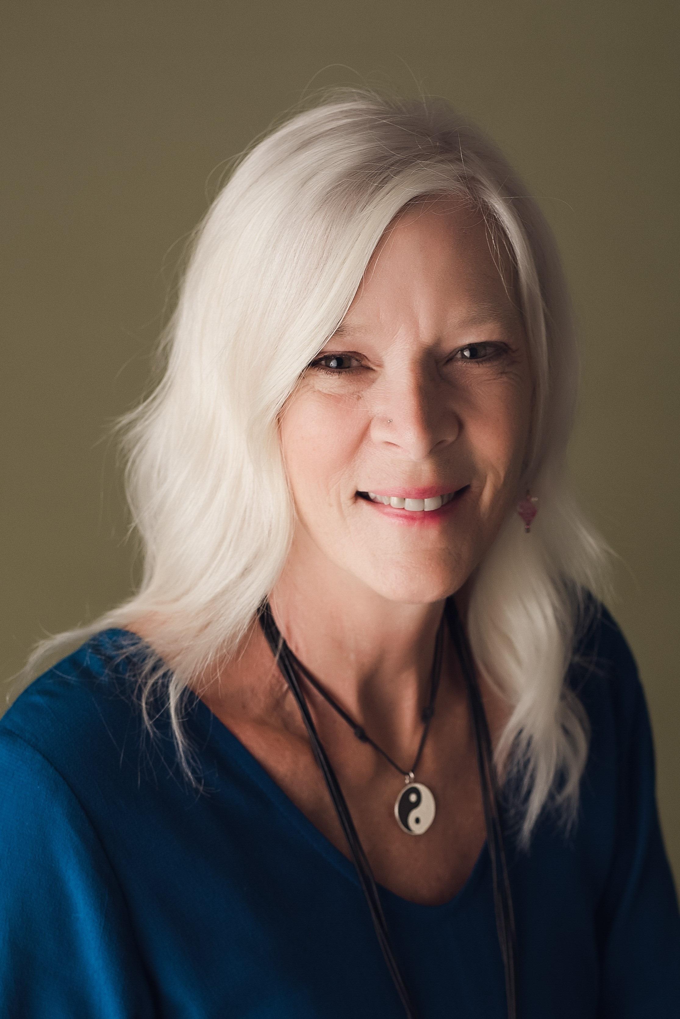 Writing – Jeanne Felfe